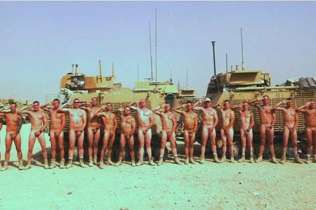 В нашей эксклюзивной галерее Голые солдаты были собраны самые л
