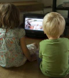 Televizorul, copiii şi hipertensiunea