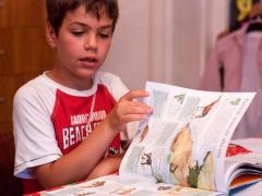 Copiii geniali ai României. Elevul de 9 ani care studiază cărţi de facultate