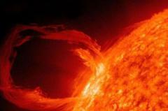 Erupţie GIGANTICĂ pe suprafaţa Soarelui. Vezi imagini SPECTACULOASE înregistrate de NASA (VIDEO)