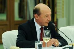 De ce a fost DISTRUS dosarul lui Băsescu? Cele 3 etape ale colaborării cu securitatea