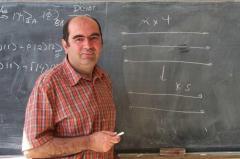 Un român a realizat prima teleportare a unei particule. Şomer la comunişti, geniu la capitalişti