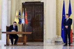 Ponta: Iohannis merge la Bruxelles ca surda-n hora!