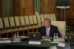 Partidul lui Cioloș, plin de slujbași la stat pe bani grei. De la CA-uri, până la comisii guvernamentale