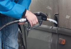 UE nu se mai poate ține după noi cu scumpirea carburanților