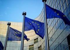 Comisia Europeană urmărește cu îngrijorare evoluțiile privind statutul de drept în România