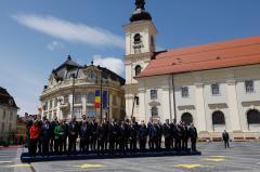 Galerie foto - Liderii Uniunii Europene au făcut poza de grup la Sibiu