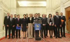 Guvernul PNL: Averi de dreapta, strânse cu salarii de bugetar