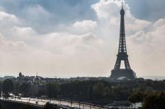 Cazul Griveaux: Artistul rus, care l-a scos din cursa pentru primăria Parisului pe candidatul lui Macron, a fost arestat