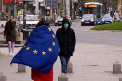CE solicită României și Estoniei să transpună legislația UE de combatere a rasismului și xenofobiei