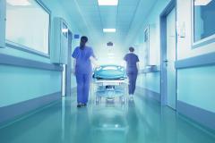Angajații medicali, care au fost infectați cu COVID-19, sunt protejați timp de 5 luni