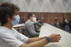 Aproape jumătate dintre angajații din sistemul preuniversitar vor să se vaccineze