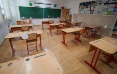 Anunț de la Ministerul Educației: 167.977 de angajați din învățământ sunt dispuși să se vaccineze