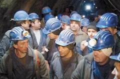 Guvernul promite plata restanțelor salariale. Minerii din Valea Jiului și-au reluat activitatea