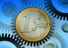 Cursul de schimb trece de 5 lei și la cumpărare, la bănci, după noul maxim istoric al euro