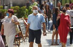 prefectul brasovului vrea masca obligatorie in zonele aglomerate 18758866