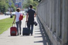 in semestrul i turistii nerezidenti sositi in romania au cheltuit in medie 2 573 3 lei persoana 18760048