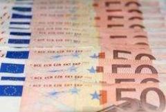 salariatii romani cu 250 euro pe luna vor lucra genti de 1 000 euro bucata 18760768