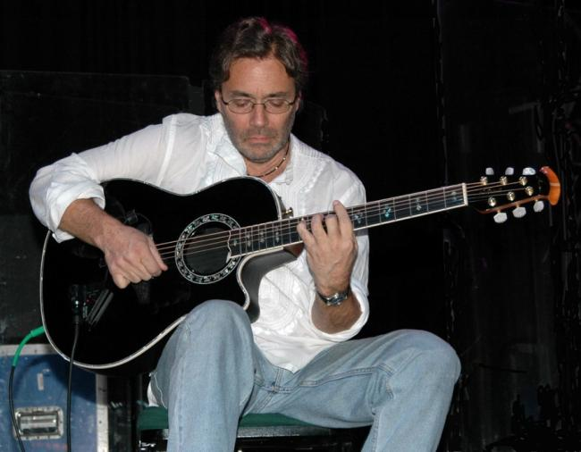 Jazz fusion acustic - Concert Al Di Meola si New World Sinfonia