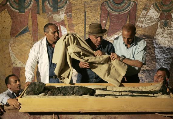 Semula Dikira Kosong, Tapi Ternyata Sarkofagus Ini Ada Muminya