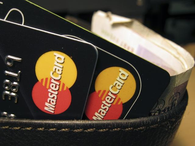 EU to investigate MasterCard over card fees.