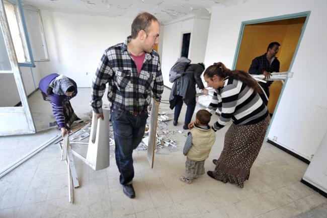 Efectul Breivik: în Norvegia, țiganii din România sunt evacuați din locuințele improvizate, în pragul iernii