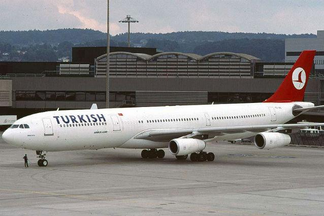 Un avion Turkiskh Airlines a ieşit de pe pistă la Paris
