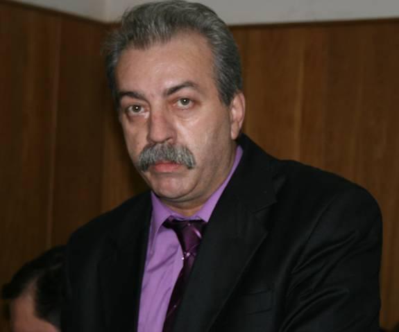 Judecătorul Emil Marina s-a sinucis. Magistratul s-a aruncat de pe un bloc din Râmnicu Vâlcea