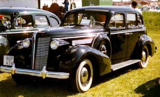 Un Buick 40 Special Ca Cel Folosit 238 N Filmele Ultimul