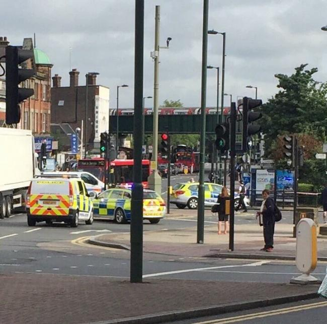 Staţia de metrou Golders Green din Londra, închisă din cauza unei alerte de securitate