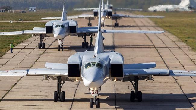 Moscova a informat Washingtonul că va bombarda Siria de la o bază din Iran