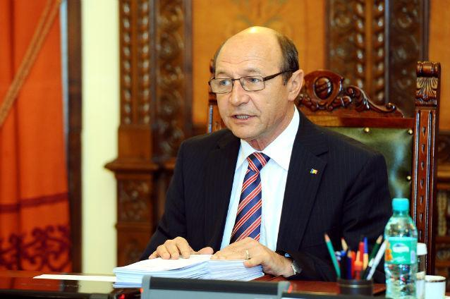 Băsescu despre scăderea încrederii în justiţie a românilor: A început să plătească spectacolele făcute de DNA în 2015