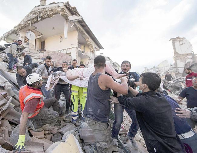 MAE: 4 cetăţeni dispăruţi după cutremurul din Italia; restul au fost identificaţi şi sunt în viaţă