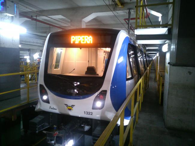 Penalităţi de 400.000 euro pe an pentru că Metrorex nu construieşte magistrala de metrou spre Otopeni