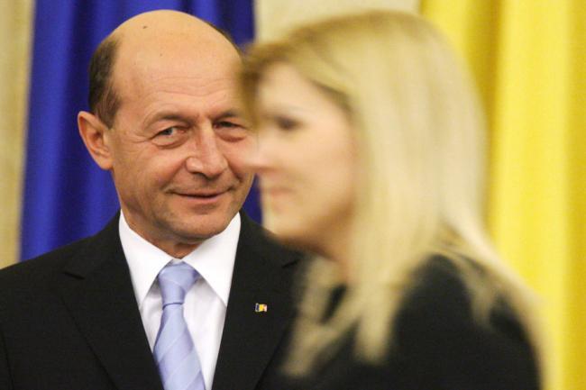 """Udrea a """"divorţat"""" de Traian Băsescu"""