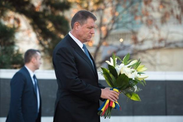"""Klaus Iohannis, în DOLIU! """"Este un moment dureros pentru familia preşedintelui"""""""