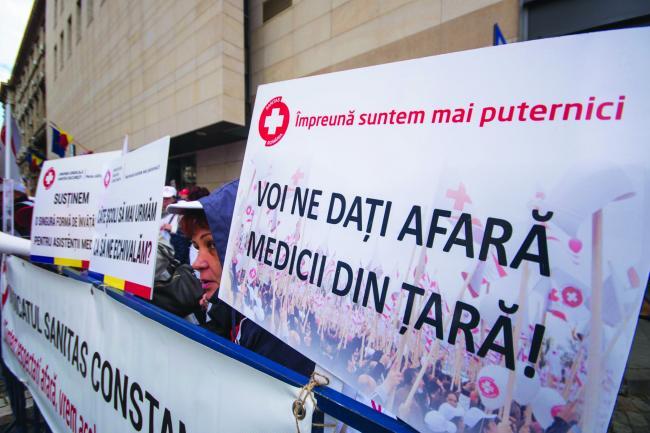 Proteste în Sănătate. Medicişi asistente, în grevă japoneză
