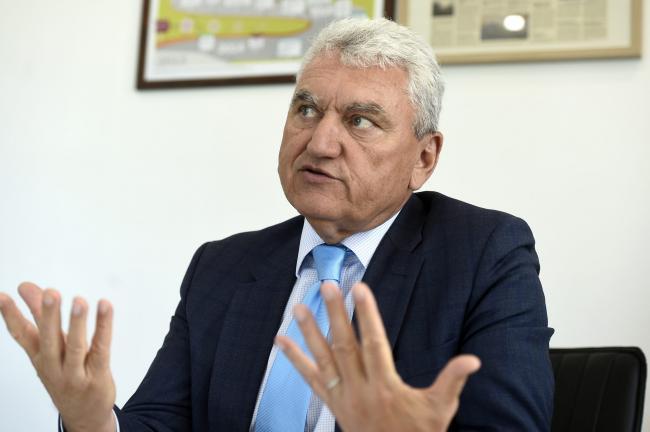 PNL vrea schimbarea întregii conduceri, PSD se cam codeşte