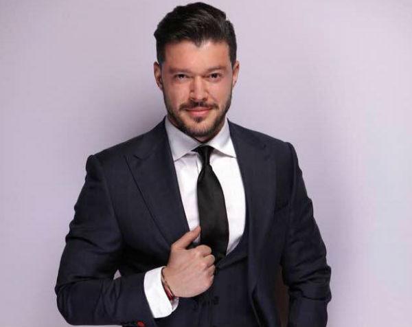 """Victor Slav a intrat în politică! În ce partid s-a înscris iubitul Biancăi Drăguşanu; """"A venit randul generatiei noastre sa se implice"""""""