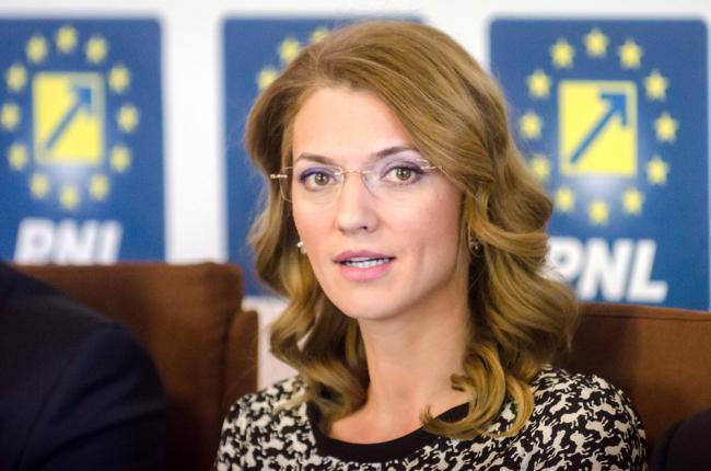 Alina Gorghiu: Singurul nostru adversar în această campanie electorală este PSD