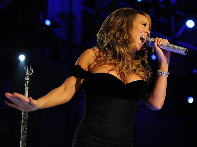 VIDEO - Mariah Carey, recital dezastruos de Revelion