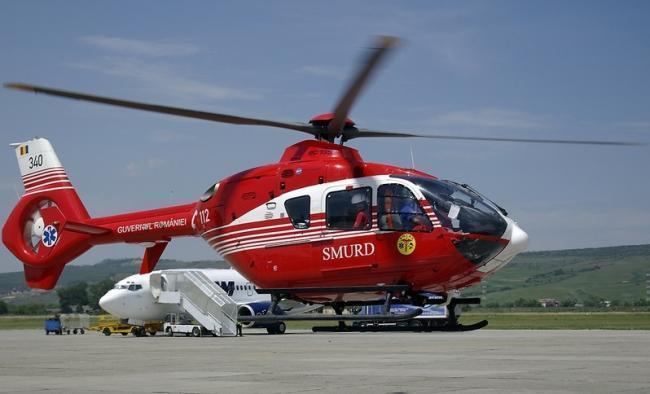 Urgentele medicale din zona Deltei Dunarii, preluate cu elicopterul