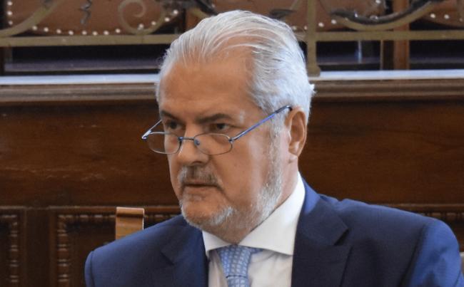 Adrian Năstase, pe blog, despre politica penală și despre grațieri.