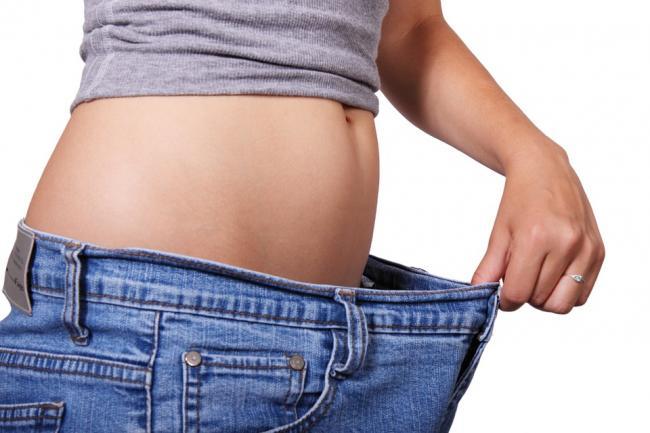E adevarat ca daca mananci mai putin se micsoreaza stomacul?