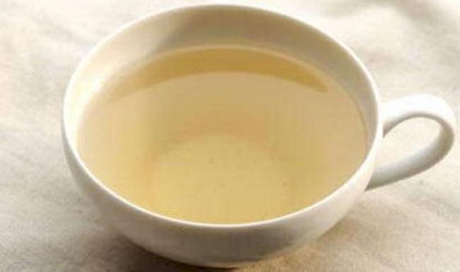 Un simplu ceai facut dintr-o banala planta, ne ajuta sa ne mentinem silueta