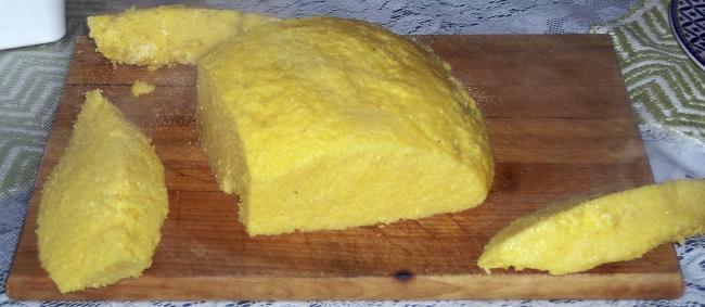 Daca nu mai vreti paine, incercaÈ›i mamaliga