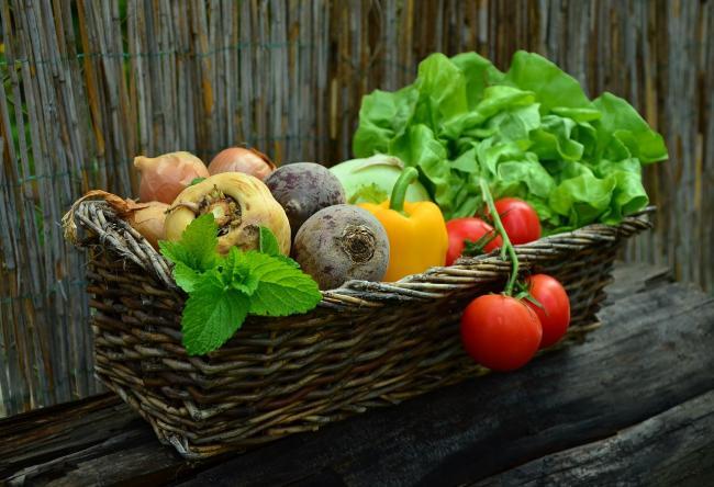 Salata. Alimentul perfect pentru o cura de slabit