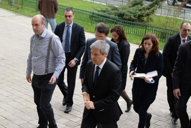 PNL a întors armele împotriva lui Cioloş