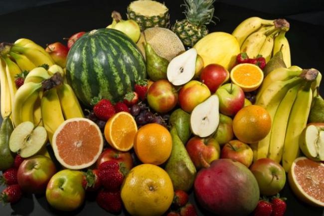 Trebuie SĂ ȘTII asta: ce fructe și legume SĂ EVIȚI, daca vrei SĂ SLĂBEȘTI