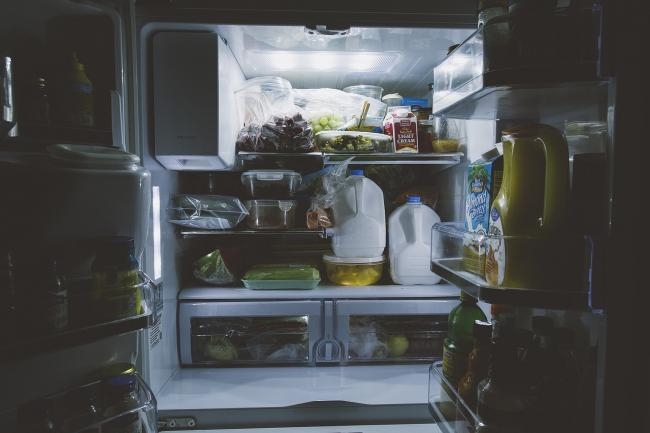 6 alimente pe care trebuie sa le arunci din casa daca vrei sa slabeÈ™ti